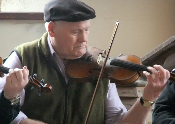Danny Meehan (fiddle)